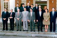 30/04/1999. 24 Sixth Legislature (4). Cabinet from April 1999 to February 2000. Group photo.