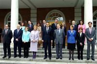 20/04/2004. 33Eighth Legislature (2). Group photo of the first government of José Luis Rodríguez Zapatero.