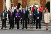 8/04/2009. 39Ninth Legislature (3). Group photo of the government of José Luis Rodríguez Zapatero following the cabinet reshuffle announced ...