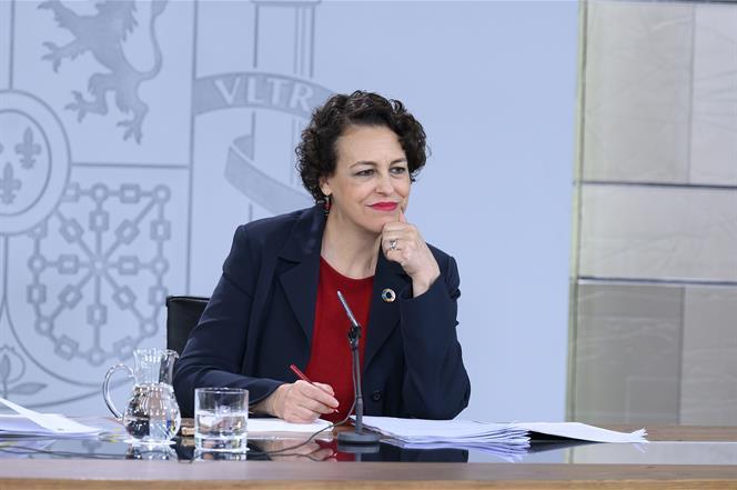 9/08/2019. Consejo de Ministros: Celaá y Valerio. La ministra de Trabajo, Migraciones y Seguridad Social en funciones, Magdalena Valerio, du...