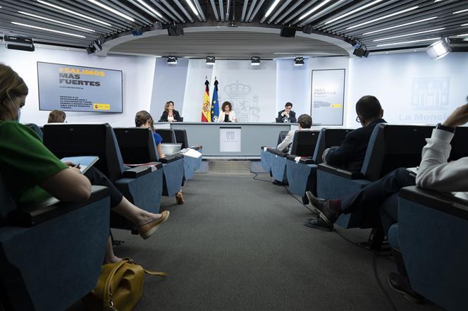 2/06/2020. Consejo de Ministros: Montero, Ribera e Illa. La ministra de Hacienda y portavoz del Gobierno, María Jesús Montero, la vicepresid...