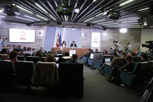 María Jesús Montero y Salvador Illa durante la rueda de prensa posterior al Consejo de Ministros