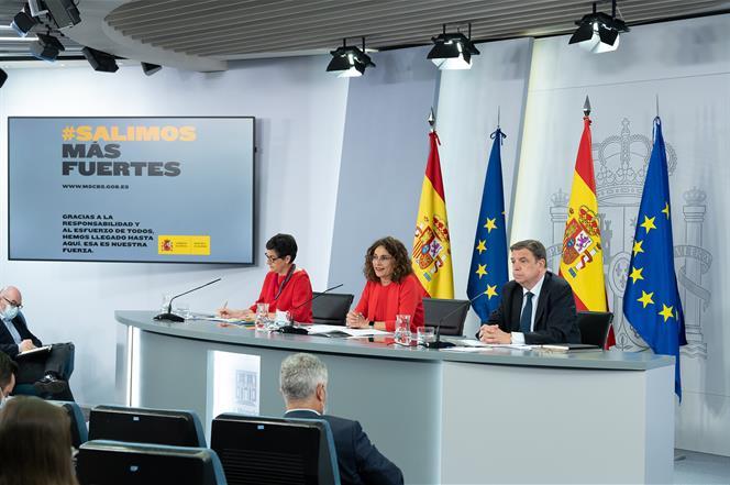 21/07/2020. Consejo de Ministros: Montero, Laya, Planas. La ministra de Hacienda y portavoz del Gobierno, María Jesús Montero; la ministra d...