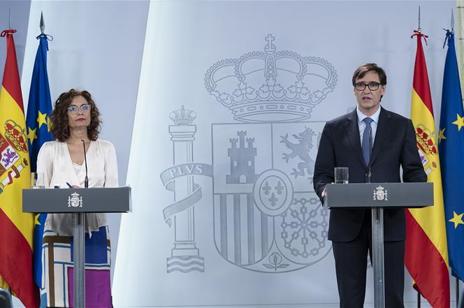 24/03/2020. Consejo de Ministros: María Jesús Montero y Salvador Illa. La ministra de Hacienda y portavoz del Gobierno, María Jesús Montero ...