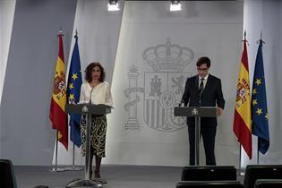 María Jesús Montero y Salvador Illa durante la rueda de prensa posterior al Consejo de