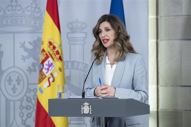 27/03/2020. Consejo de Ministros extraordinario: María Jesús Montero, Salvador Illa y Yolanda Díaz. La ministra de Trabajo y Economía Social...