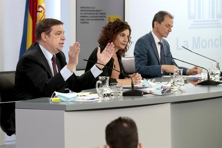 Luis Planas, María Jesús Montero y Pedro Duque
