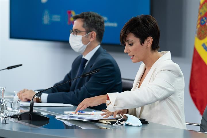 Isabel Rodríguez y Félix Bolaños durante la rueda de prensa posterior al Consejo de Ministros