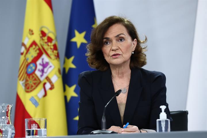 Carmen Calvo durante su intervención en la rueda de prensa posterior al Consejo de Ministros