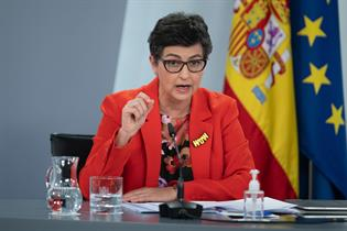 Arancha Gónzalez Laya durante su intervención en la rueda de prensa posterior al Consejo de Ministros