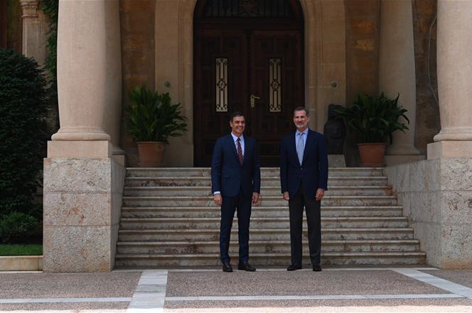 7/08/2019. Despacho de Pedro Sánchez con Felipe VI. El presidente del Gobierno en funciones, Pedro Sánchez, y el rey Felipe VI se han reunid...