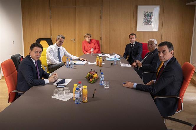 21/07/2020. Pedro Sánchez asiste a la reunión del Consejo Europeo extraordinario en Bruselas. El presidente del Gobierno, Pedro Sánchez, jun...