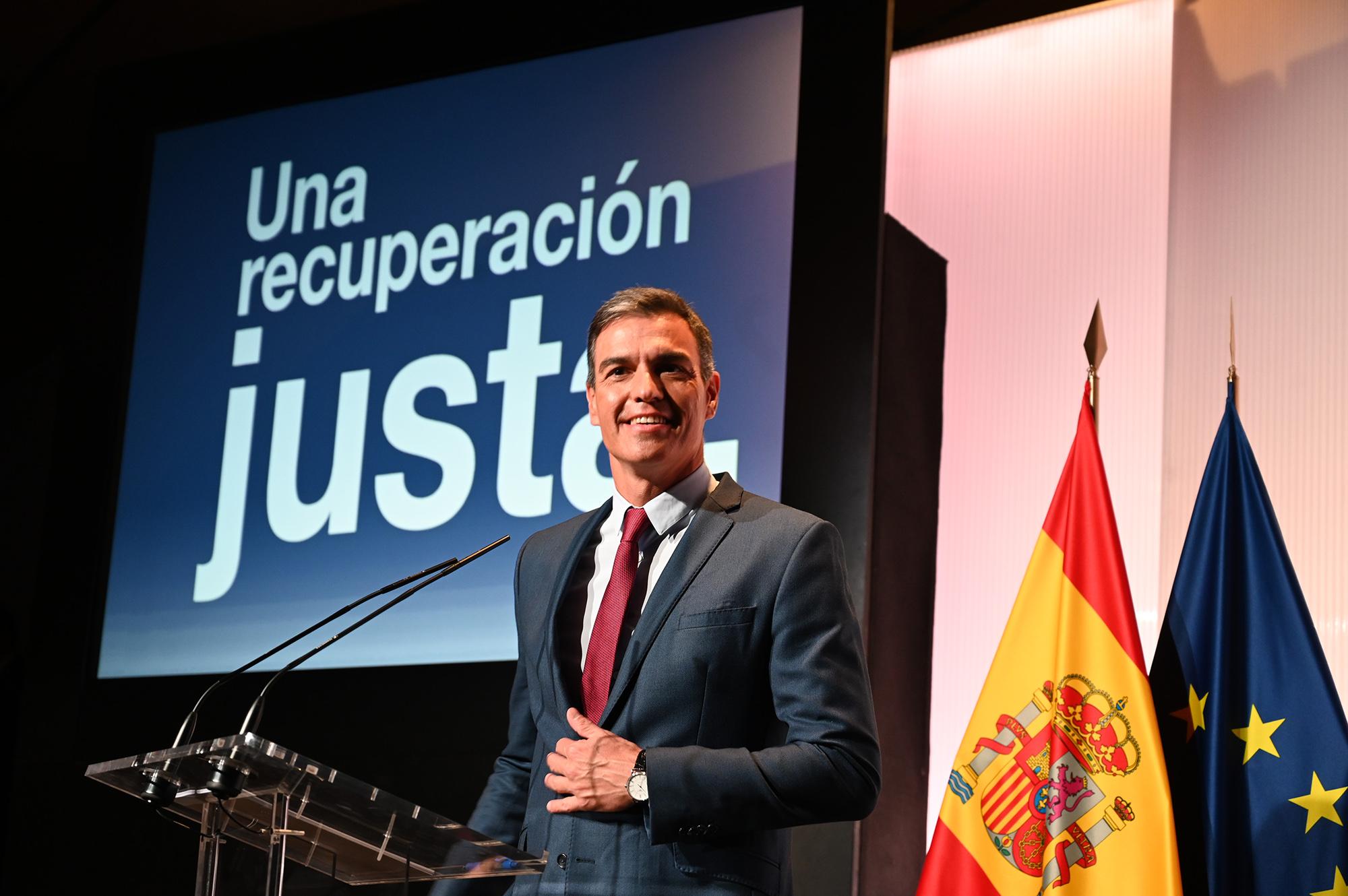 El presidente del Gobierno, Pedro Sánchez, pronuncia una conferencia en la Casa de América
