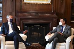 22/09/2021. Pedro Sánchez se reúne con Jens Stoltenberg. El presidente del Gobierno, Pedro Sánchez, conversa con el secretario general de la...