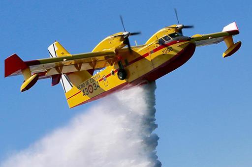 Avión contraincendios (Foto: Archivo)