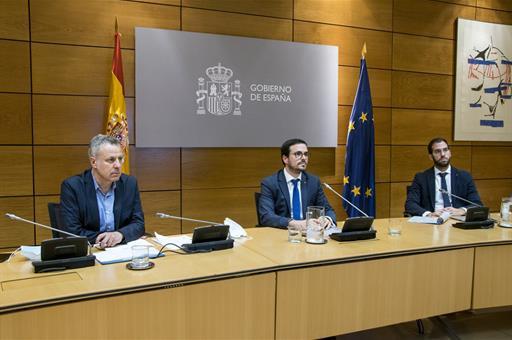 Alberto Garzón durante la videoconferencia