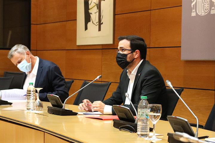 Consumo y comunidades autónomas alcanzan un acuerdo para coordinar los registros de autoprohibidos del juego presencial y online