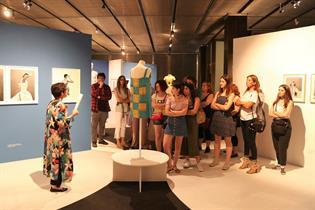 Actividades de jóvenes en el Museo del Traje