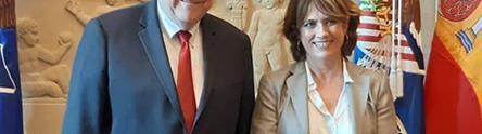 La ministra de Justicia, Delgado, junto al fiscal general de Estados Unidos, William Barr