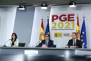 El ministro Salvador Illa, la secretaria de Estado de Sanidad, Silvia Calzón, y el secretario general de Salud Digital, Alfredo