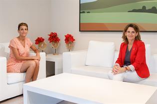 La vicepresidenta Ribera durante su visita a Navarra, junto a la presidenta María Chivite