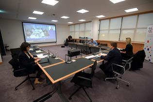 Imagen de la videoconferencia de los ministros de Transportes de la UE