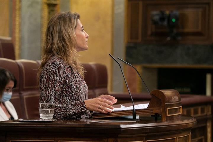 Raquel Sánchez ratifica la cLara voluntad de Mitma de continuar trabajando para mejorar las infraestructuras en Asturias